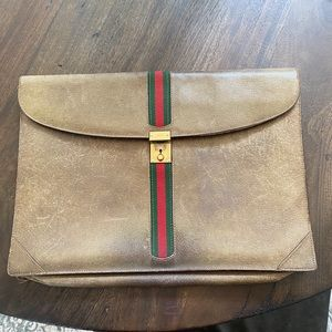 1970s Vintage Gucci Portfolio Clutch Purse